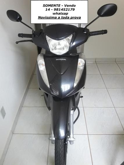 Honda Biz 125 Cinza,