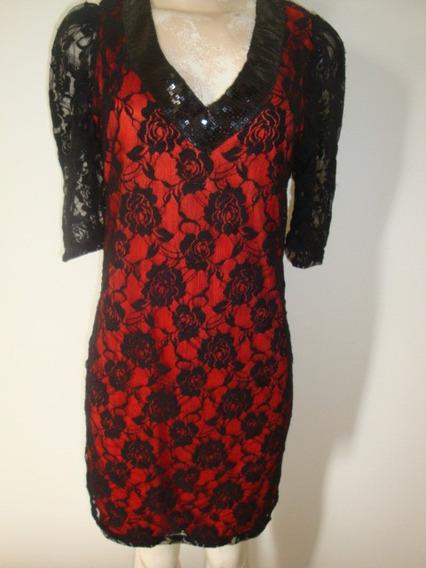 Vestido De Renda Vermelho E Preto