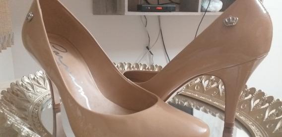 Sapato Da Marca Carmim Semi Novo, Tamanho 37