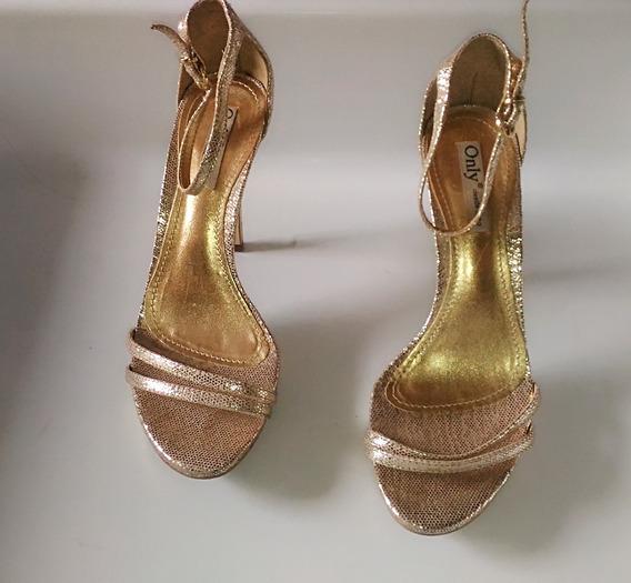 Sapato Feminino Alto Dourado Formatura