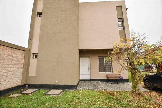 Casa En Venta 3 Dormitorios City Bell