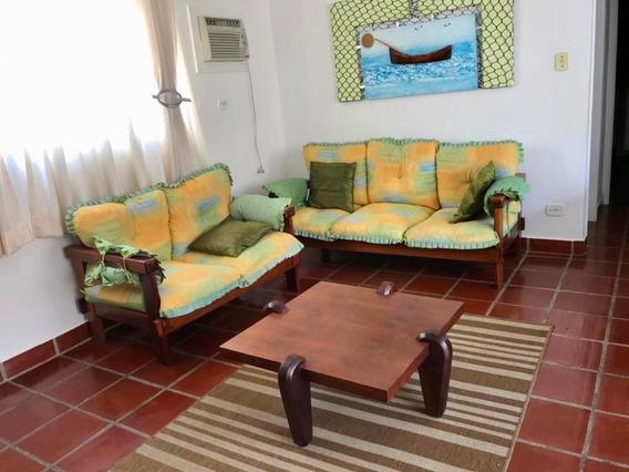 Apartamento À Venda No Guarujá A 100m Da Praia