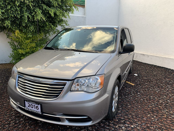 Chrysler Town & Country 5 Puertas