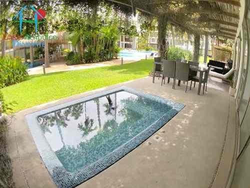 Cad Solar Villas Resort 10-001 Garden House Con Jacuzzi