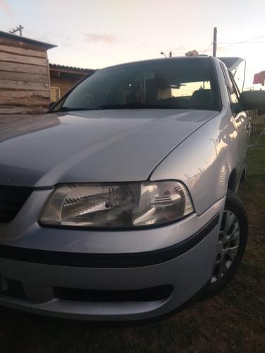 Imagem 1 de 10 de Volkswagen Gol 2001 1.0 16v Plus 5p