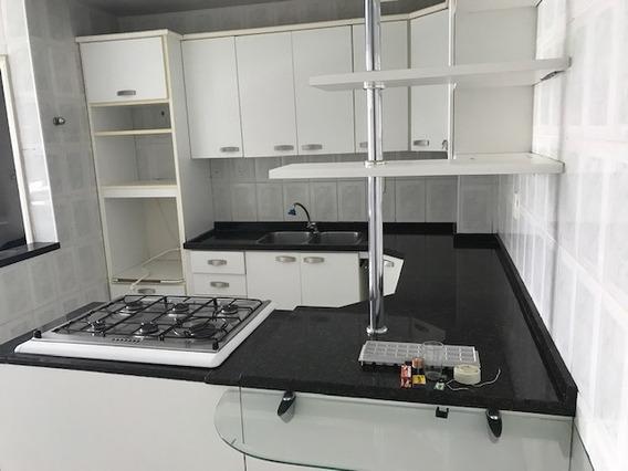 Amplo Apartamento Com Hidromassagem E Suite Master
