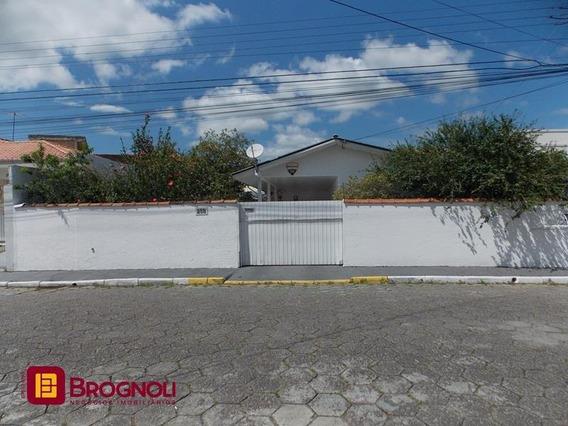 Casa Residencial - Centro - Ref: 37686 - V-c4-37686