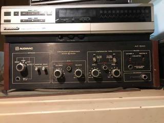 Amplicador Audinac At-510 Y Parlantes 725 Audinac