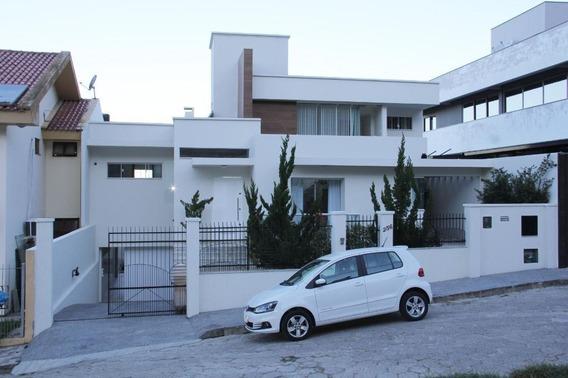 Casa Com 5 Dormitórios À Venda, 357 M² Por R$ 1.350.000 - Centro - São José/sc - Ca2597