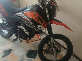 Motocicleta Marca Um Dsr 2 125 C.c. Enduro Modelo 2017 Nueva
