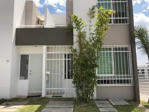 Casa Sola En Venta Puerta Navarra