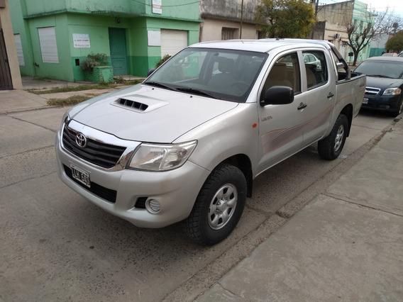[lob] Toyota - Hilux 4x4 Cd Dx Mt 2.5 Tdi 2012