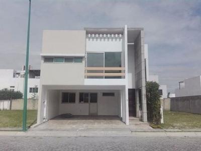 Casa En Renta En Fracc. La Cima , Atlixcayotl
