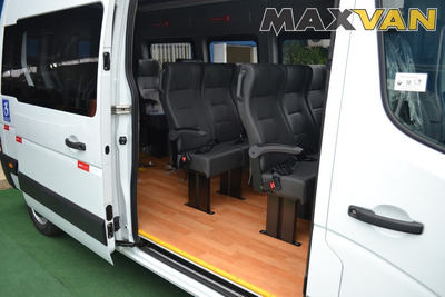 L1h1 Master Renault | 0km | Van Acessível