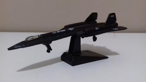 Avião Sr-71 Black Bird - Miniatura - Maisto