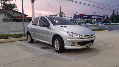 Imagem 1 de 10 de Peugeot 206 2008 1.4 Moonlight Flex 5p
