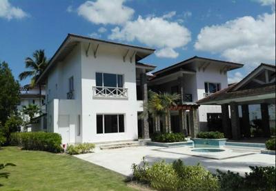 Villa De 5 Habitaciones En Venta En Las Terrenas