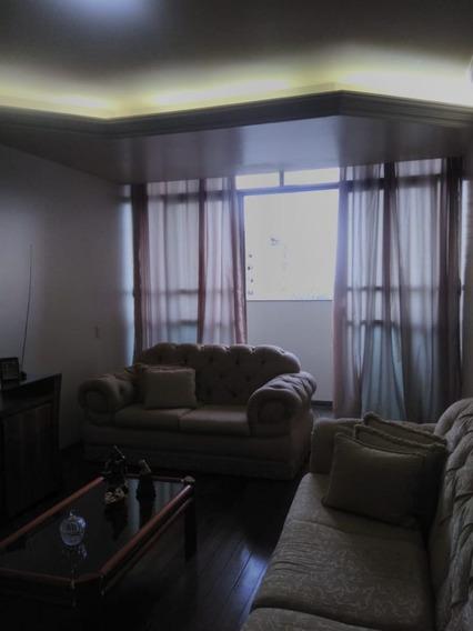 Apartamento Com 4 Quartos Para Comprar No Centro Em Divinópolis/mg - 4787