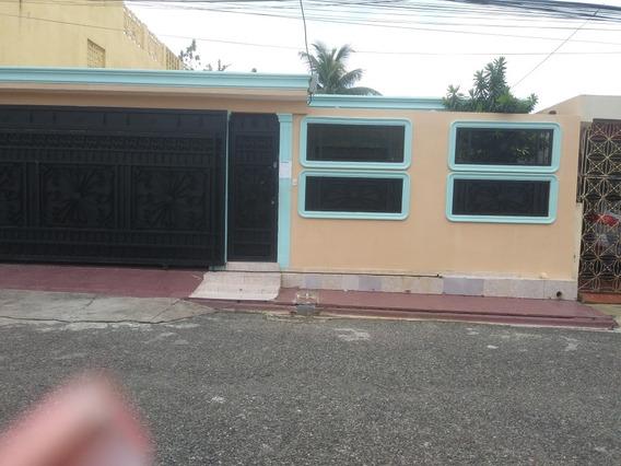 Casa Sola Prados De Lucerna
