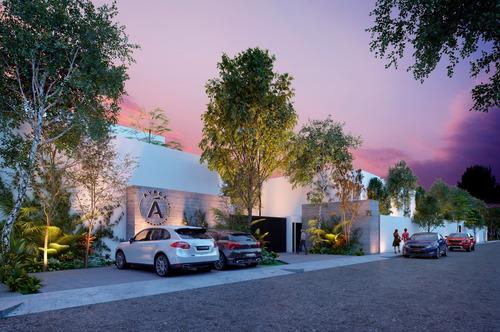 Imagen 1 de 17 de Casa Tipo Townhouse En Venta  Ayrea. Cholul, Yucatan