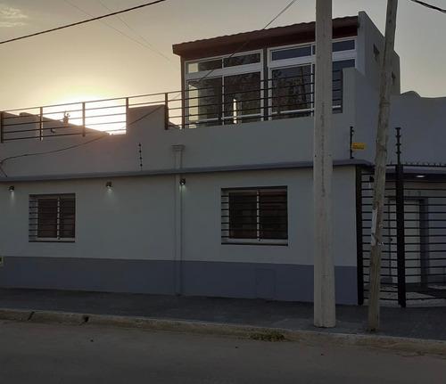 Imagen 1 de 14 de Dueño Vende O Permuta Casa En Bernal Centro