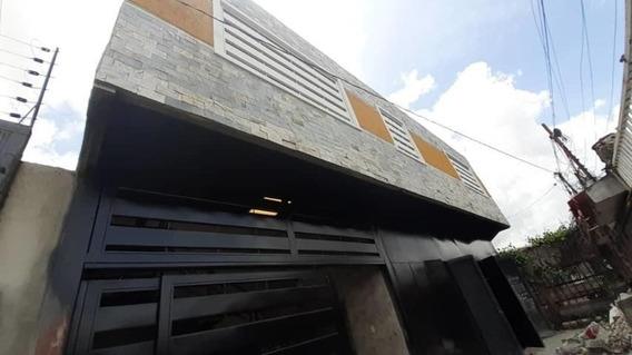 Comercial En Barquisimeto La Concordia Flex N° 20-24034 Lp