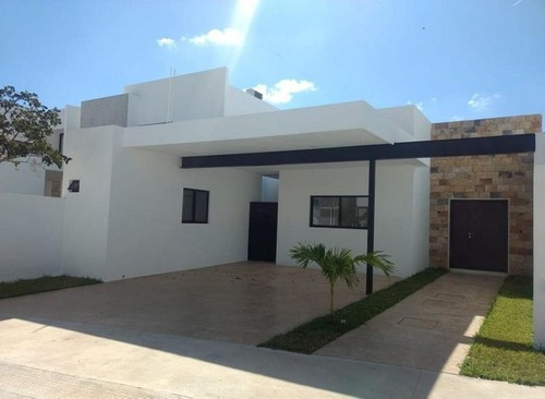 Casa De 1 Planta En Venta,privada Albarella,cholul,modelo A