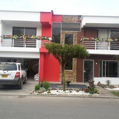 Casa De 6 Habitaciones Con 3 Baños