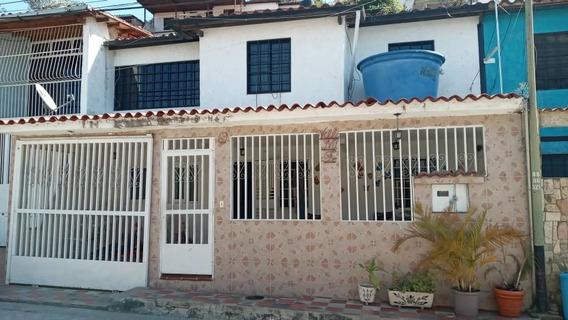 Casa Dos Niv Urb Asocsuvea Los Teques