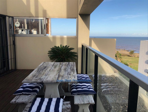 Punta Carretas - Piso Alto - 1 Dormitorio Terraza Parriller