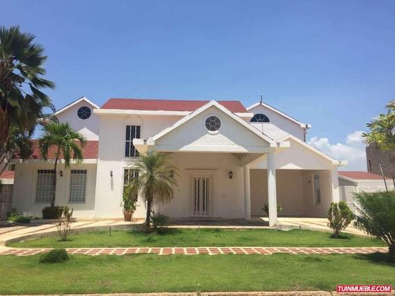 Casas Las Villas : Yaritza Perez 04242837784