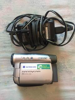 Camara Minidv Sony Y Cargador Para Respuesto