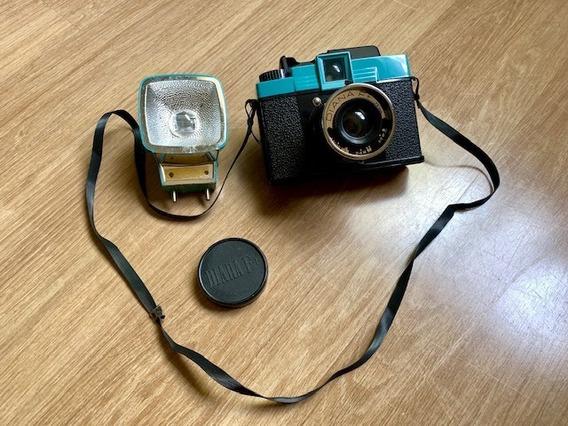 Câmera Analógica Diana F Com Flash - Filme Médio Formato 120