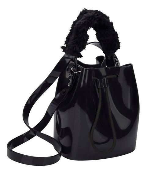 Bolsa Feminina Zaxy Wish Bag Alça Pelúcia 17620 Preto Postagem 24h