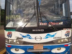 Bus Hino Gd 2004 Unico Dueño 727.756 Km.