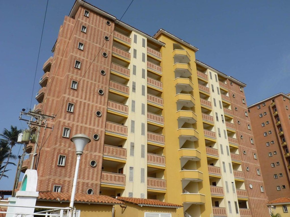 En Venta Apartamento Tucacas Rah: 19-5959