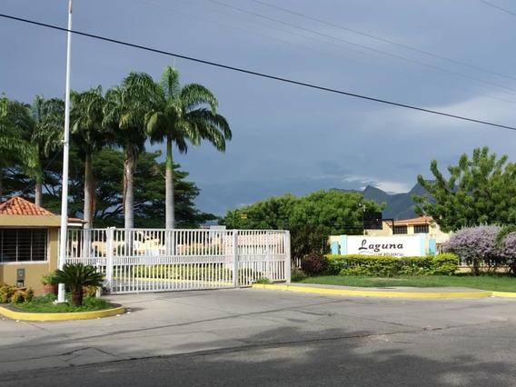 04144006108 Venta De Tonwhouse En Los Mangos