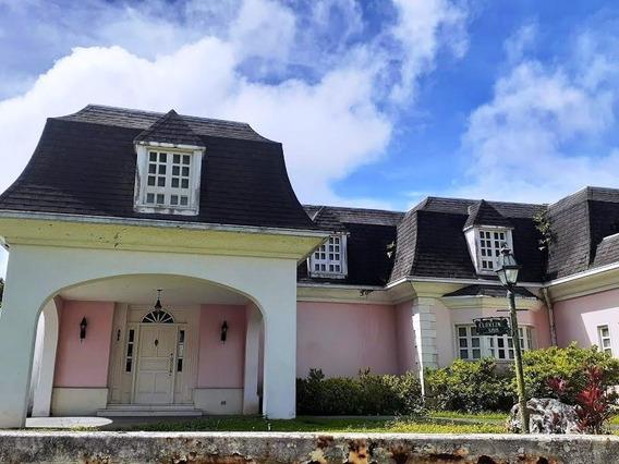 Casa En Venta,lagunita Country Club,caracas,mls #20-3677