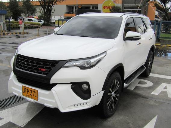 Toyota Fortuner Srv Sw4 La Más Full V Especial
