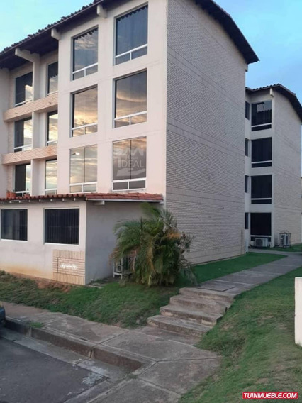 Apartamento En Costa Azul El Caimito