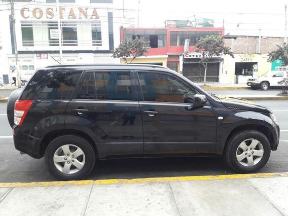 Suzuki Grand Nomade Suzuki Gran Nomade