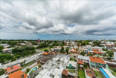 Richar Uruguay ~amplio Apartamento En Inmejorable Ubicación
