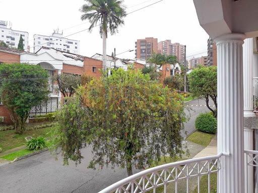 Casas En Venta Los Balsos 643-3955