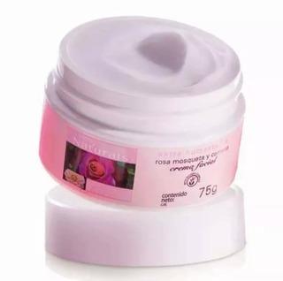 Avon Crema Facial Aceite Puro Rosa Mosqueta