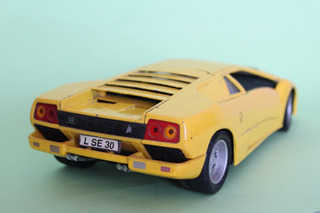 Auto Escala 1:18 Edicion Especial Lamborghini Diablo Amarill