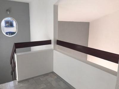 Oportunidad!!! Casa Recién Modelada En Zona Bonita, Céntrica