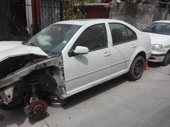 Volkswagen Bora En Desarme Automático En Desarm