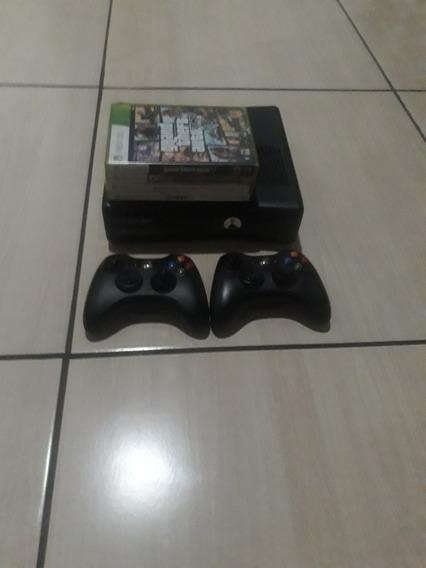 Xbox 360 + 2 Controles + 4 Jogos