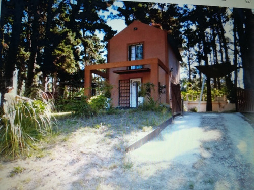Imagen 1 de 13 de Dos Casas En Una.