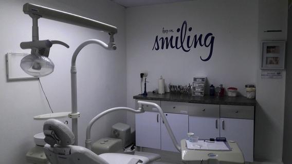 Clinica Odontologica En Funcionamiento Rosaura Isla 400627